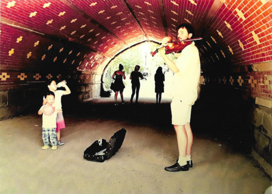 Violinist in Tunnel (traditional)